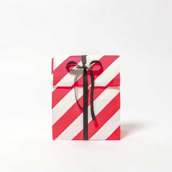 block bottom gift bags, paper bags for sale, pink striped