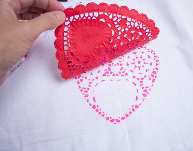 can you sue a paper heart doily as a stencil - how do I stencil a lace effect - paper poetry crafts